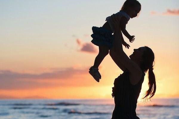 Ibu, Contoh Perempuan Tangguh yang Ada di Depan Mata