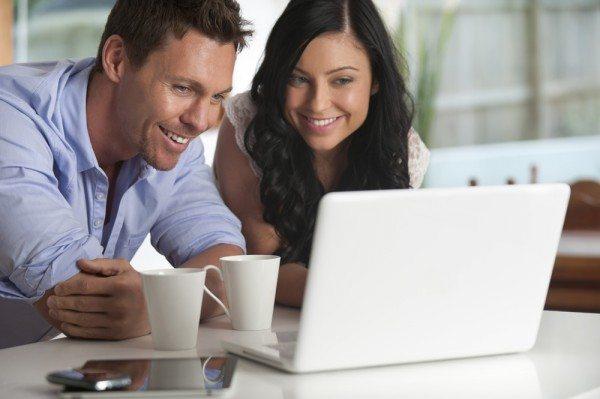 Atur Keuangan Pengantin Baru, Kurangi Potensi Masalah