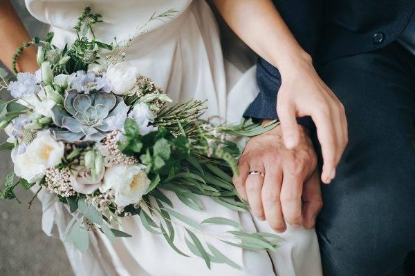 Nasihat Pernikahan: Menimbang Waktu Tepat untuk Menikah