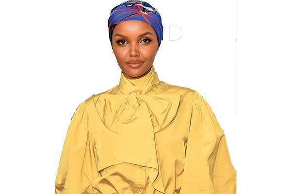 Arti Cantik Menurut Model Berhijab Halima Aden