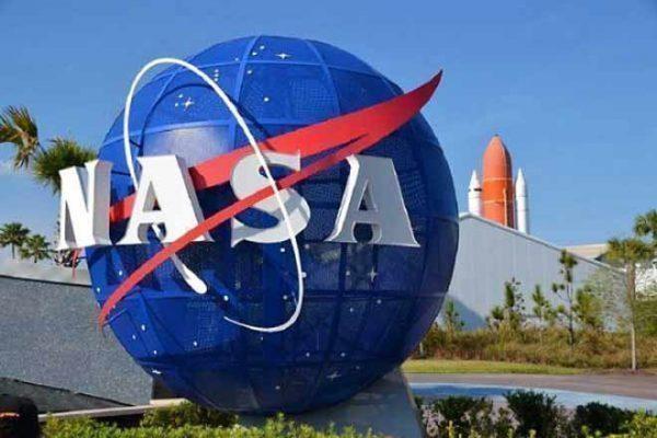 Pekerjaan Terkeren di NASA Dijabat oleh Perempuan