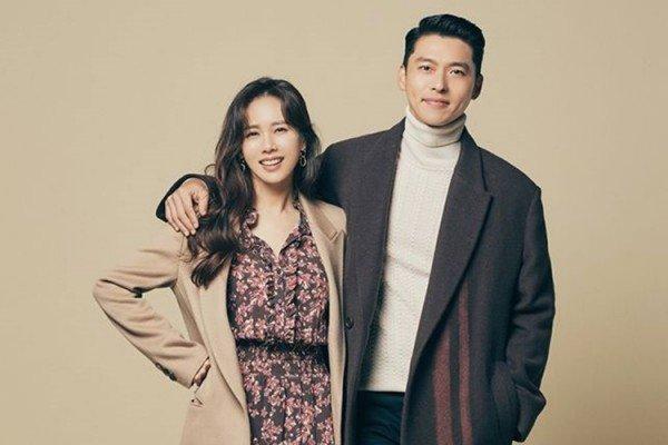 Hyun Bin dan Son Ye Jin Raih Popularity Awards dalam Ajang Baeksang Arts Awards 2020