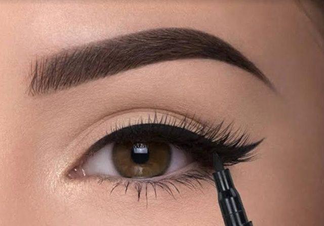 trik-mudah-membuat-eyeliner-bertahan-sepanjang-hari_m_-640×447-1