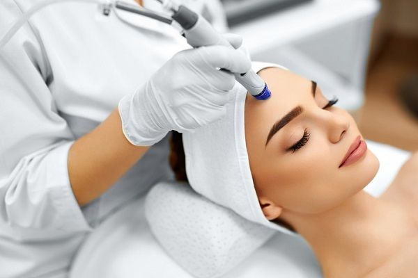 Rekomendasi Klinik Kecantikan di Surabaya, yang Bikin Wajahmu Makin Glowing