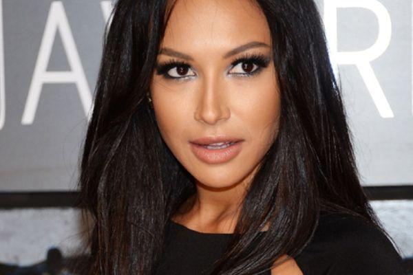 4 Fakta Naya Rivera, Bintang Serial Glee yang Hilang di Danau