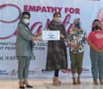 Rotary Club Surabaja Beri Pelatihan Fotografi untuk Kaum Muda