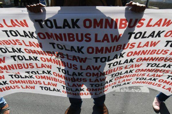 Deretan Artis Indonesia yang Tolak Omnibus Law