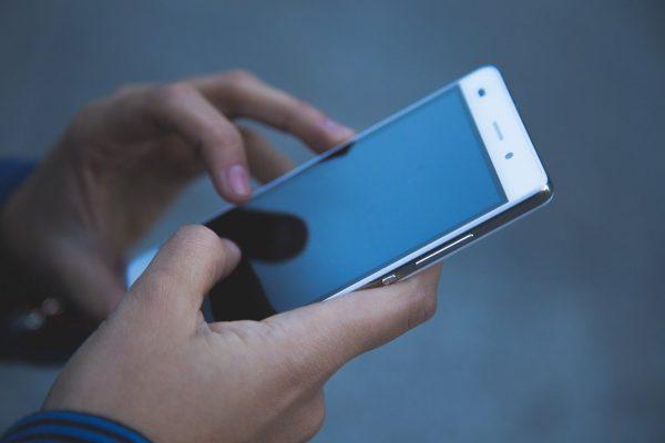 7 Cara Atasi Smartphone Lemot