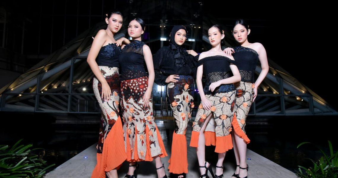 Batik untuk Pesta Musim Panas Rancangan Embran Nawawi