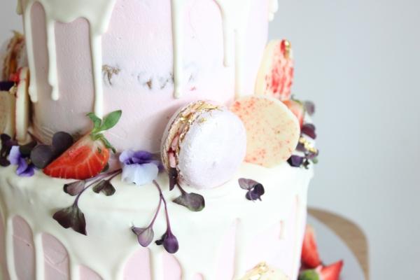 Perbedaan Frosting, Icing, Filling dan Glaze di Cake